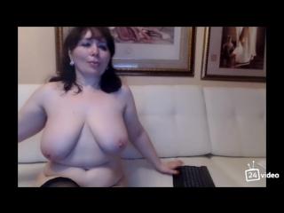 Сиськи жены друга видео
