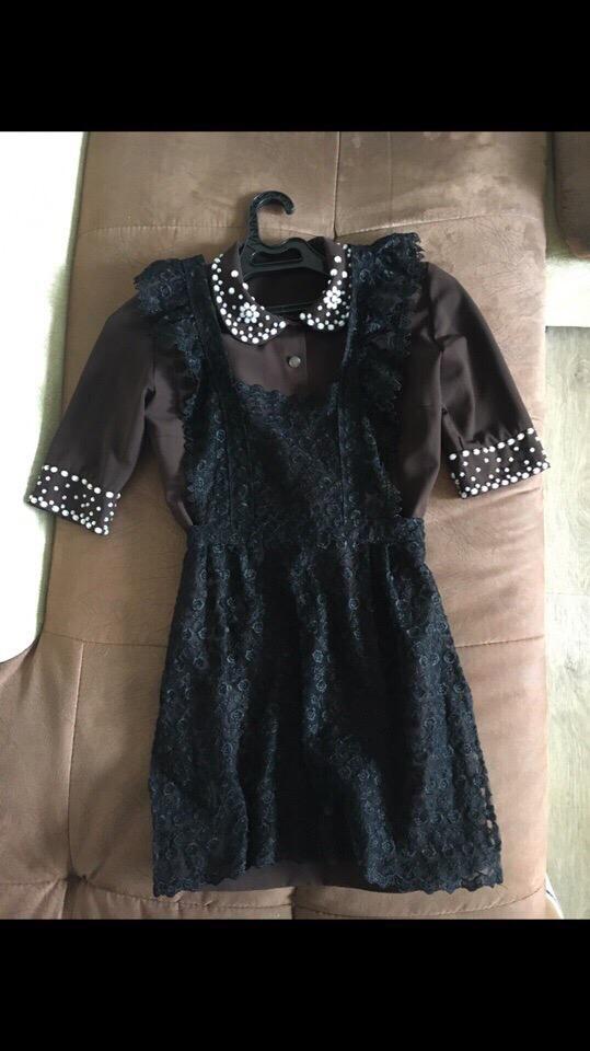 Девочки, продам школьное платье.