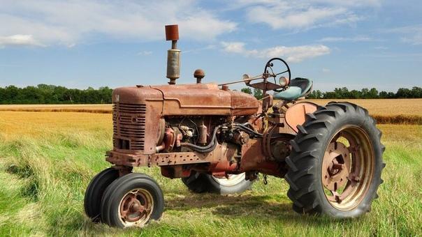 Притча «Поломанный трактор»