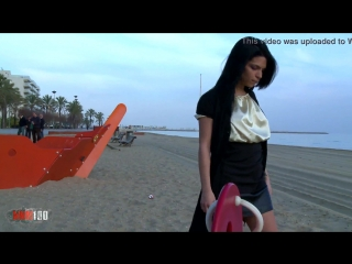 Cute young girl peeing her panties on a public beach - xvide