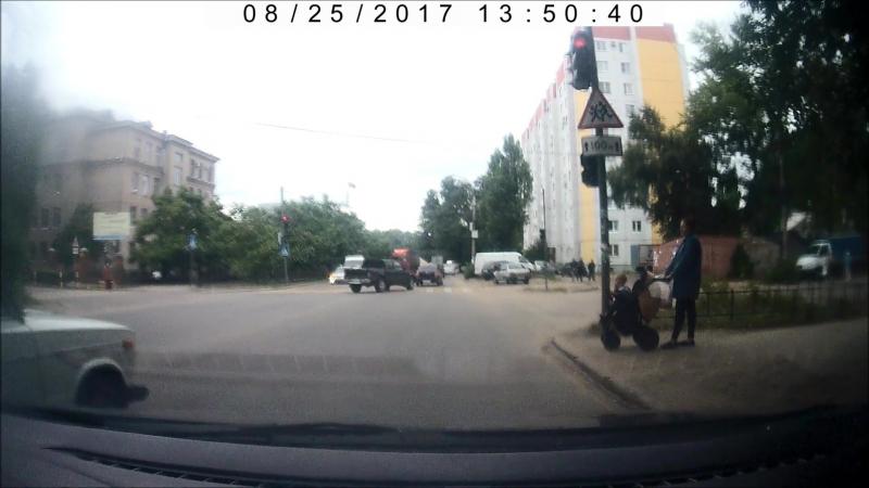 Автохам на ул. Машиностроителей (Воронеж)
