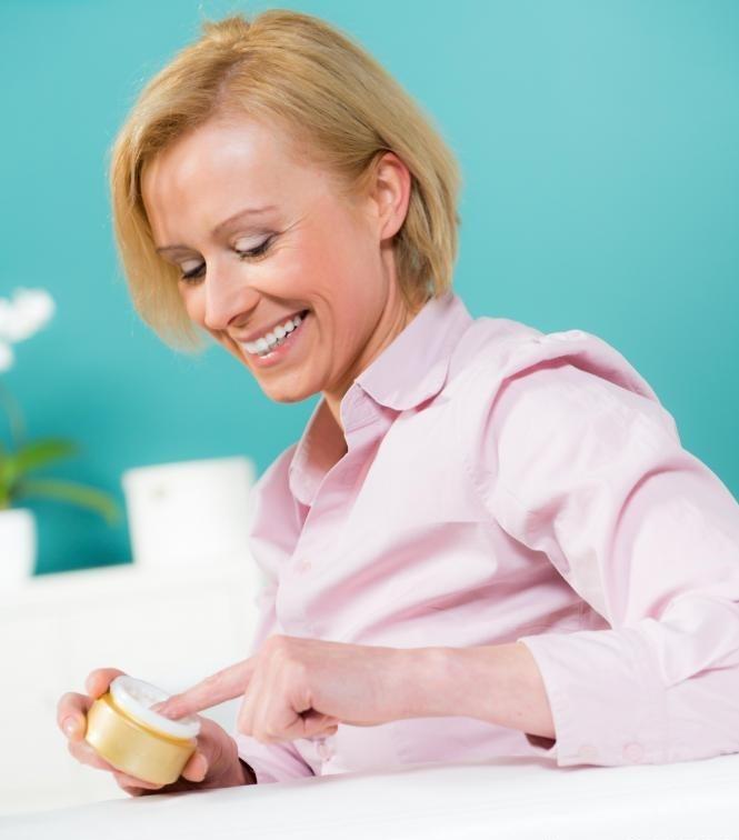 Крем-прополис может помочь успокоить сухую кожу.