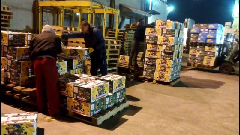 Работаем на склад, 500 тонн в опасности!.) /ночная смена/
