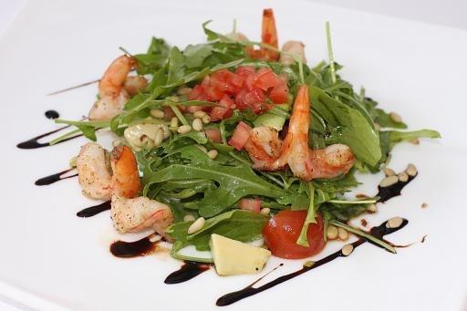 Салат руккола с креветками рецепт очень вкусный