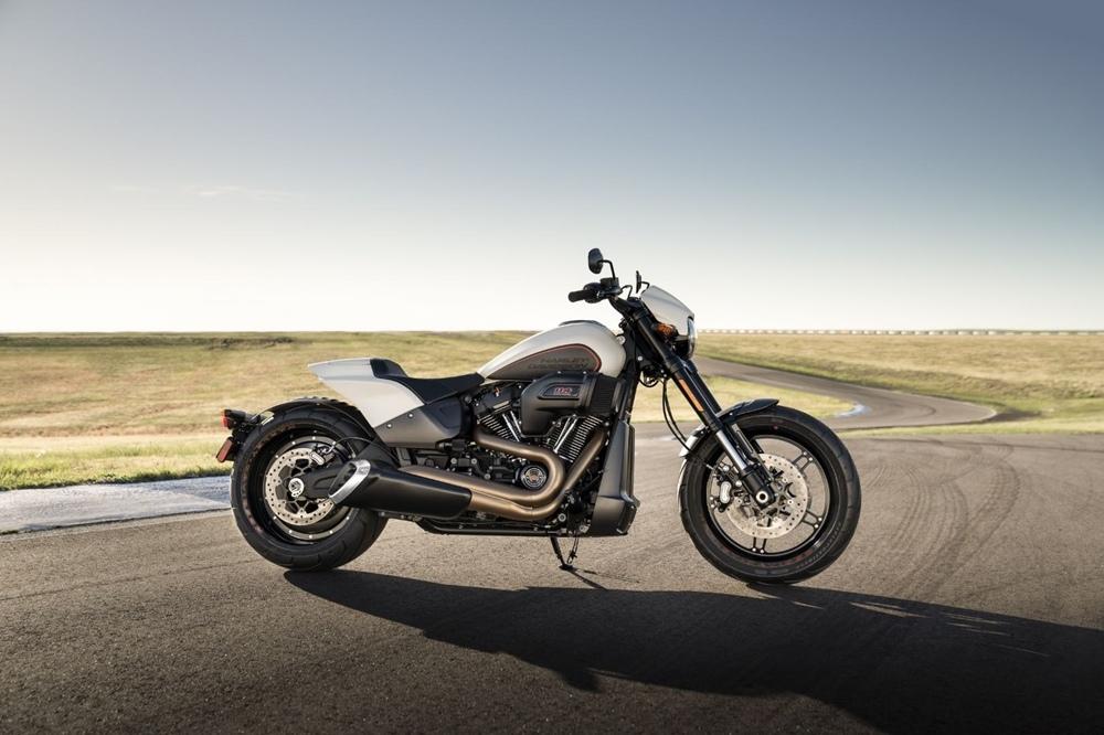 Пауэр-круизёр Harley-Davidson FXDR 114 2019