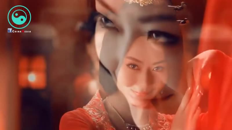 Tong Li 童麗 • Beautiful Chinese Song 梅花夢