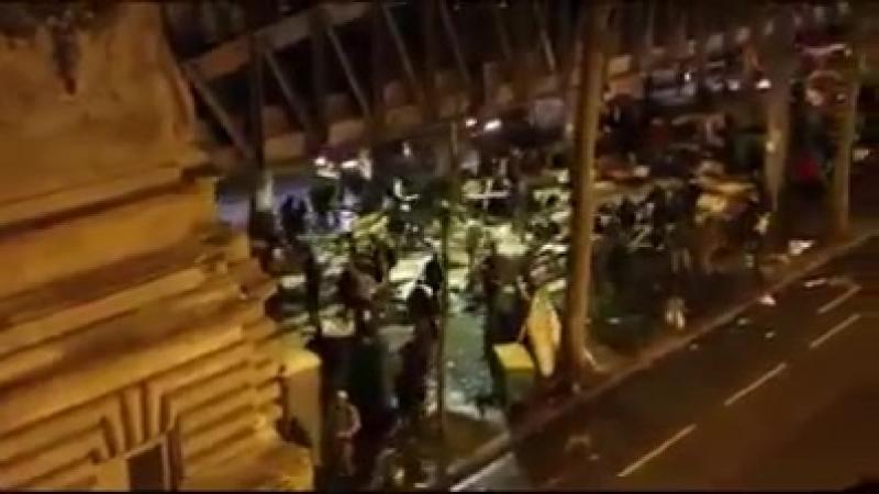 Kampf in Paris zwischen Migranten Selbst die Polizei traut sich nicht mehr
