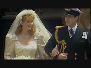 Prince Andrew and Sarah Fergusons wedding day in 1986 - ITV News