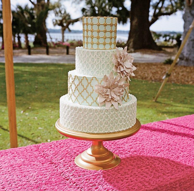 SNBjpWbcYmI - Золотые и серебряные свадебные торты 2016 (70 фото)