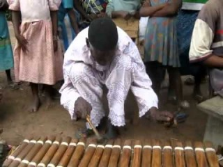 Balafon - Ancient African Instrument - master Sekou Conde, balafonist of Fadouba Oulare