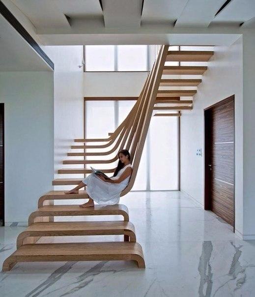 Крутая лестница