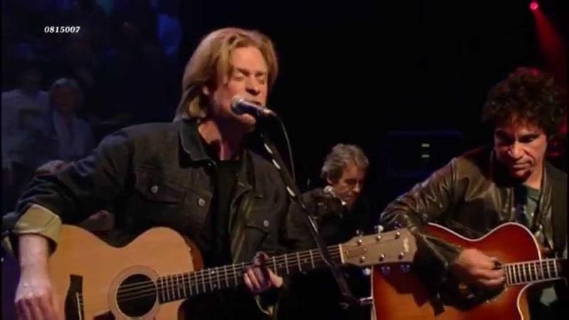 Hall live 2001