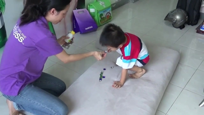 WELLNESS KIDS BY ORIFLAME - OMEGA 3 VÀ MULTIVITAMINS RẤT NGON