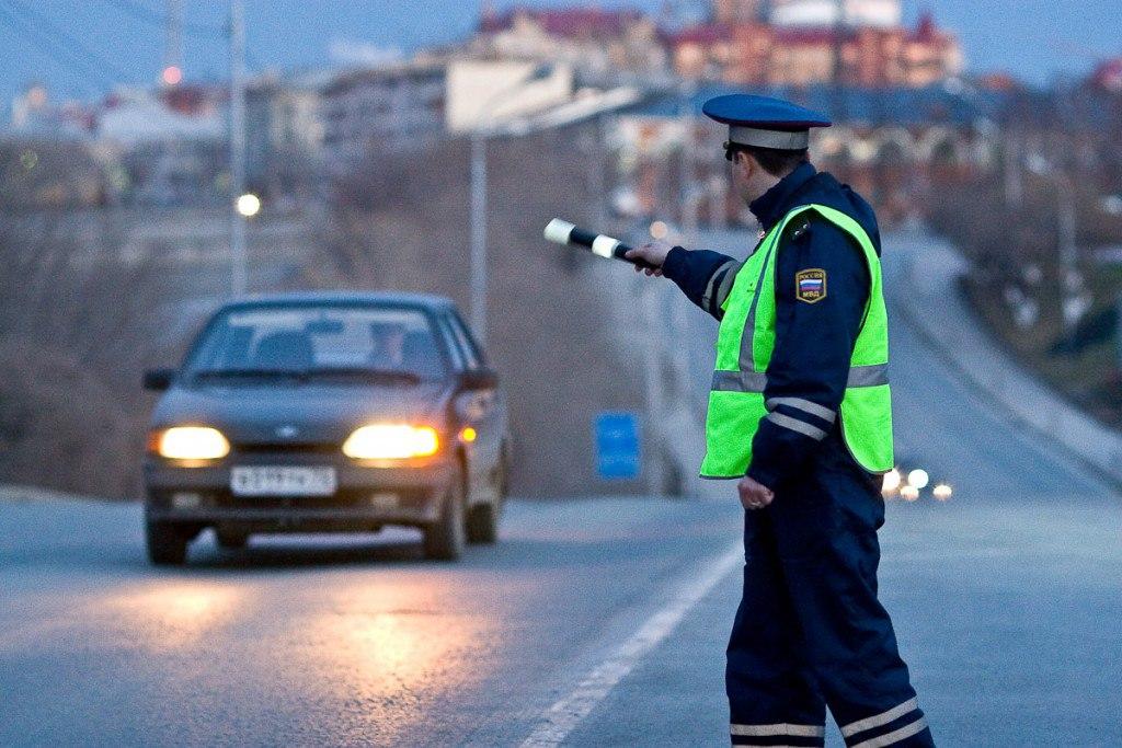 Новые правила для начинающих водителей вступят в силу с апреля