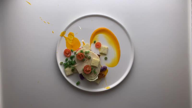 Стейк из копченой б к капусты крем из печёного батата томаты кабачок