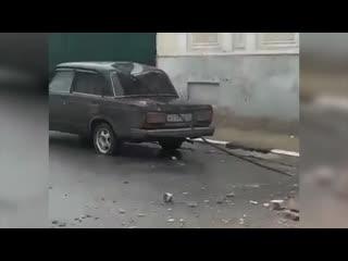 Обрушение здания на ул. Октябрьская. Обломками повредило автомобиль