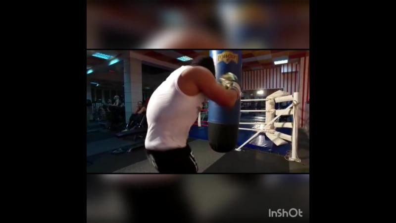 Работа по груше (отрывок клипа)