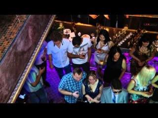Party Time - 7 лет лаунж-кафе Миндаль. Концерт Монатик
