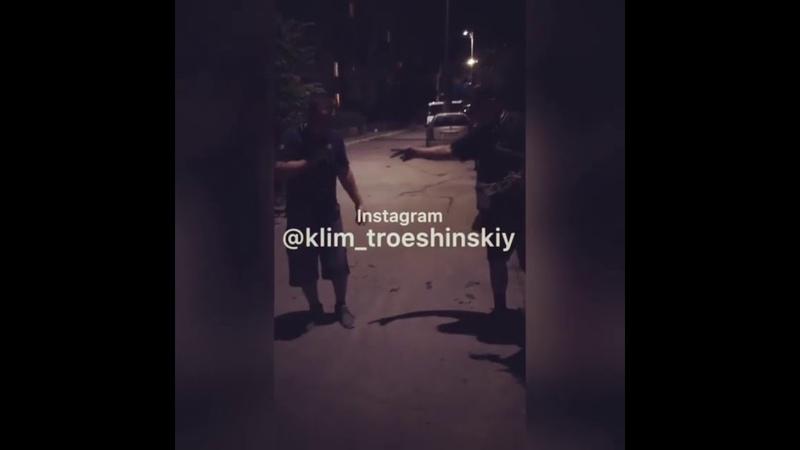 Клим Троещинский   Клим пранкер   Клим докопался до случайного штемпа