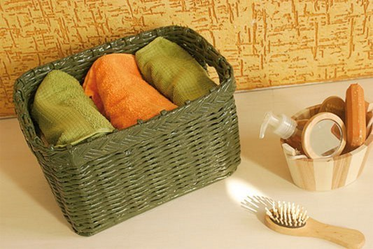 Плетение из газет. Корзинка для полотенец в ванную.