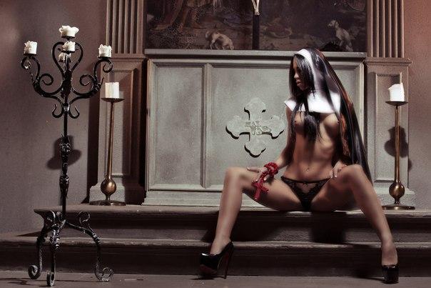 фото красивых эро монашек