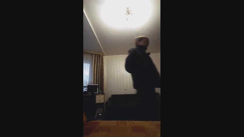 Ебаний шмель