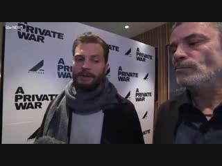 """Новое интервью Джейми Дорнана и Мэтью Хайнемана со вчерашней премьеры фильма """"Личная война"""" 2 часть"""