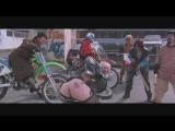 Смешной момент из фильма  Разборка в Бронксе