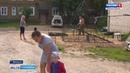 В Вельске местный житель оборудовал детскую площадку