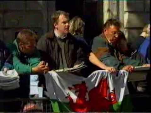 Princess Dianas Funeral Part 19 Derry Air and Cwm Rhondda