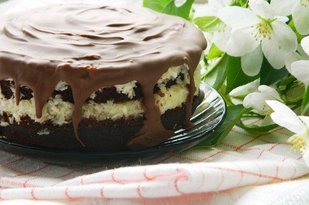 "Торт ""Баунти""  Ингредиенты: Бисквит: ●слив. масло - 250 г (комнатной температуры) ●сахар..."