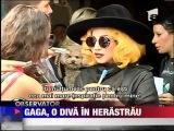 Lady Gaga a socat Romania! Diva sa plimbat in Parcul Herastrau @ Bucharest (17 august 2012)