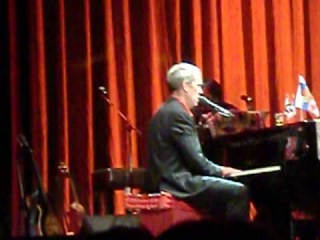 Hugh Laurie & Gaby Kiss of fire dance Petersburg 02.06.2012