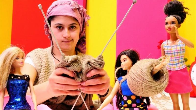 Eğlenceli video. Reyhan Abla Barbie için örgü örüyor.