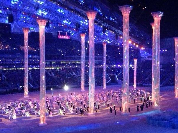Время вперед! От бала Наташи Ростовой переходим к революции машин! #ЦеремонияОткрытия #Sochi2014 #live
