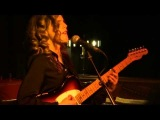 Anna Calvi - The Way Young Lovers Do - Huis 23