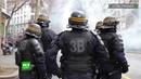 A Lyon, la police utilise des gaz lacrymogènes lors de la manifestation des lycéens et des étudiants