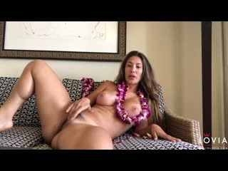 Привет с гавайи! (#porn #solo #pussy #fingering #closeup #ass #shaved #milf #mom #masturbation)
