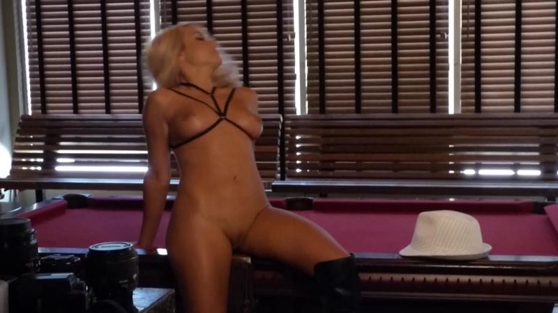 Jenny Scordamaglia Nude Photoshoot