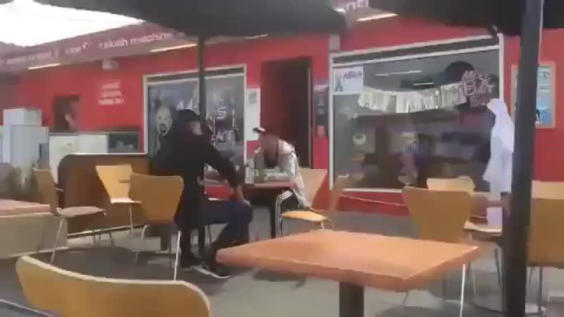 Пранкеры совсем обнаглели )