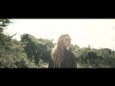 037 Emmelie de Forest Hunter Prey Pop Romantic HD