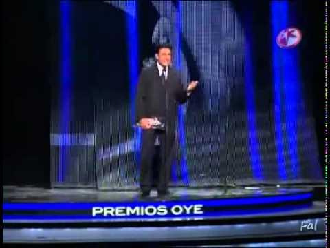 Premios Oye! Colunga premia a Lucero