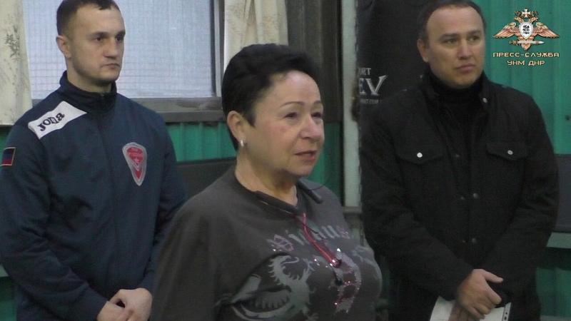 Молодые боксёры Лидиевки получили ценные подарки доставленные Народной Милицией
