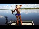 Красивые Девушки ловят большую РЫБУ   Девушки на Рыбалке