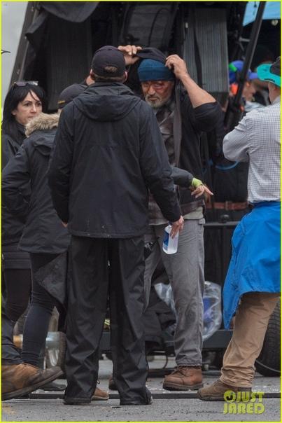 Сильвестр Сталлоне на первых фото со съёмок супергеройского фильма «Самаритянин» Детали сюжета картины остаются под секретом, однако создатели обещают свежий и более темный взгляд на