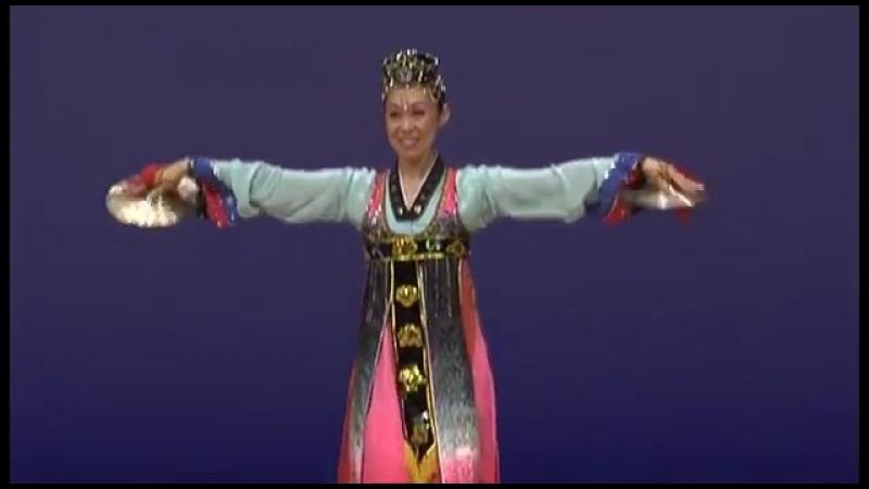 제8차 조선무용경연대회 독무 《바라춤》 Северокорейский танец Barachum (