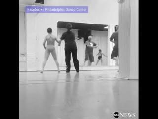 Семейное занятие в танцевальной студии