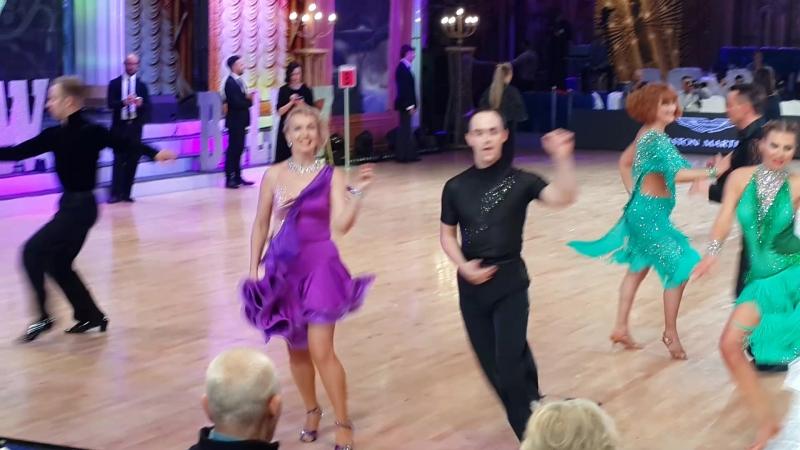 Зажигательный джайв на Международном турнире по бальным танцам в Москве Moscow Ball 2017