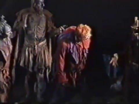 Der Glöckner von Notre Dame 2001, 2. Teil (Aaron Paul, Erwin Bruhn, Ann C. Elverum, Chris Murray)