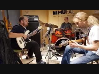 Guthrie Govan/Anton Davidyants/Steve Pruit - Wonderful Slippery Thing